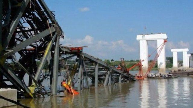 Bridge collapsed in Shwebo