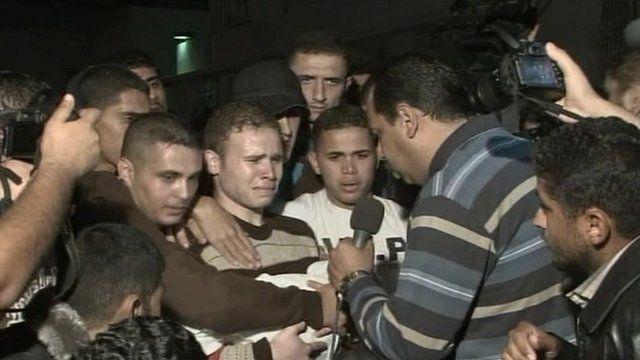 Jihad Misharawi talking to BBC Arabic reporter