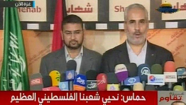 Hamas officials Sami Abu Zuhri (l) and Fawzi Barhoum (r)
