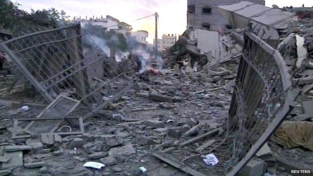 Israeli planes bomb the office building of Prime Minister Ismail Haniyeh.