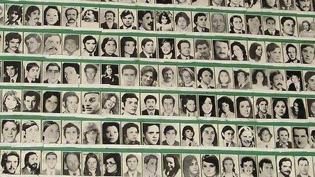 Poster of the Madres de la Plaza de Mayo