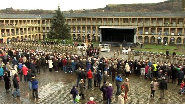 Soldiers from the 3rd Battalion Yorkshire Regiment at Piece Hall
