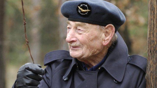 Squadron Leader Alfie Fripp, 2009