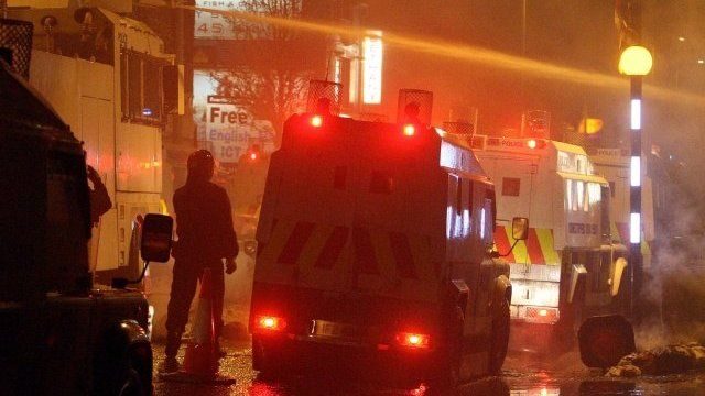 Water cannon used on Newtownards Road