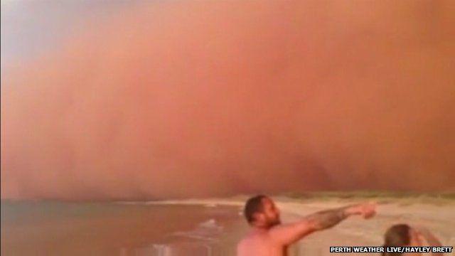 Sandstorm in Western Australia