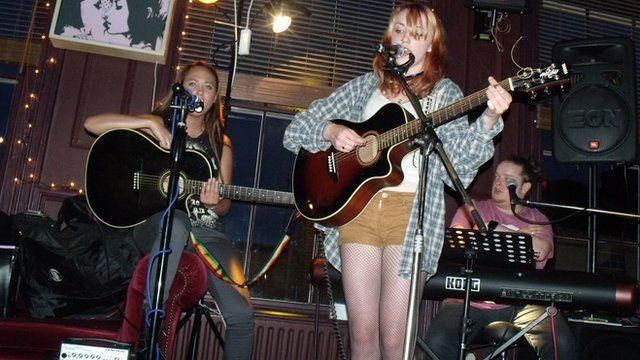Tina V, Mike Mann and Anya Pulver at The Firefly, Worcester