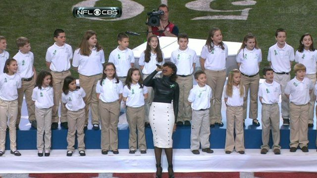 Jennifer Hudson and Sandy Hook choir