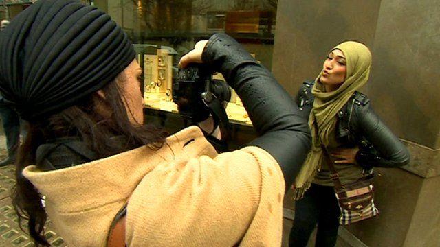 Media Player Artist Sara Shamsavari Photographs A Woman Wearing A Hijab