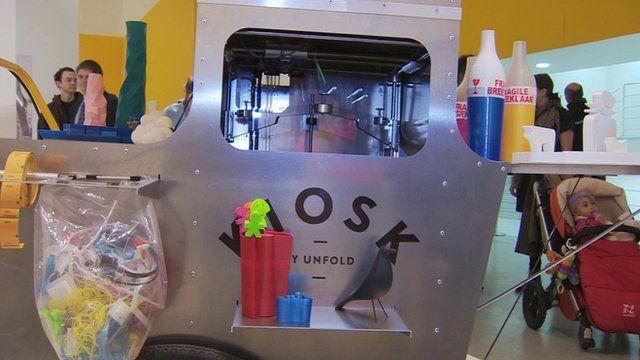 Mobile printing kiosk
