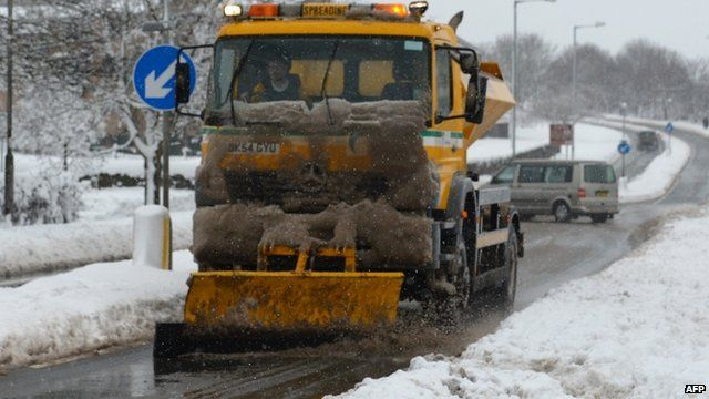 Gritting vehicle in Mold, Flintshire at the weekend