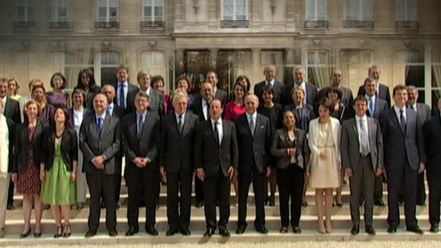 French ministers standing for a group photograph