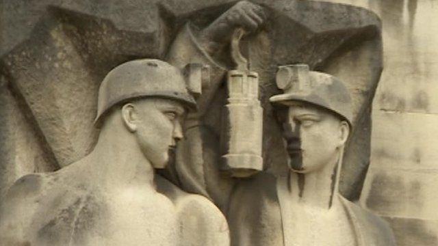 Nottinghamshire statue