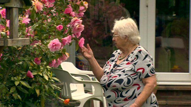 Elsie Sykes looks at garden