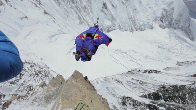 Valery Rozov jumps off Mount Everest