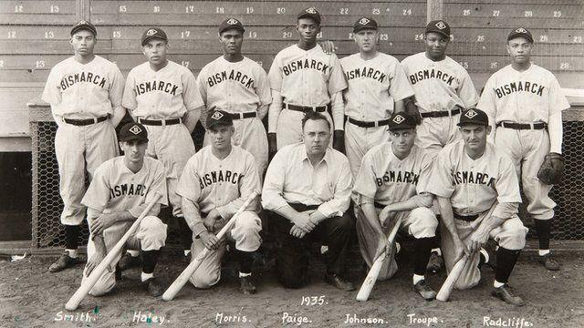 The Bismarcks team photo 1935