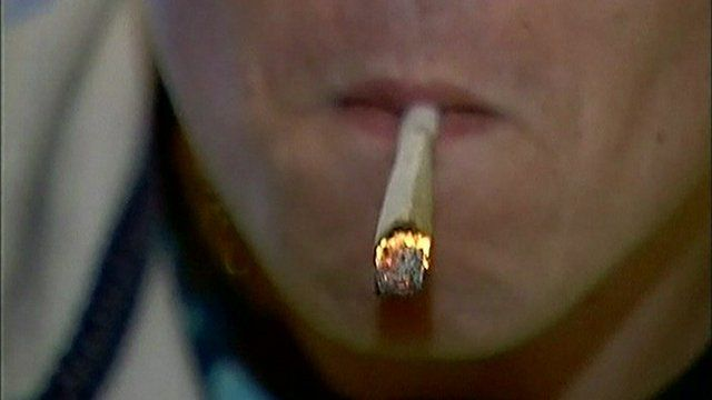 cigarette rolled using cannabis