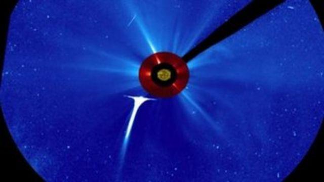 Comet Lovejoy flies into Sun to reveal solar secrets