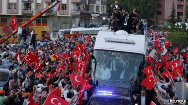 Turkey PM Erdogan warns protesters of 'limited patience'