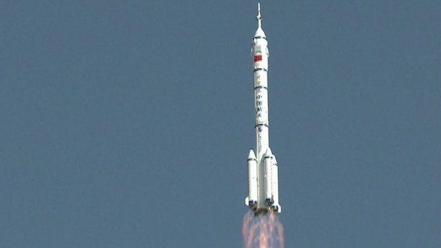 The Shenzhou-10 Long March 2F rocket launching