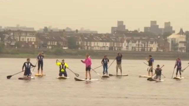 Paddleboarders on the Thames