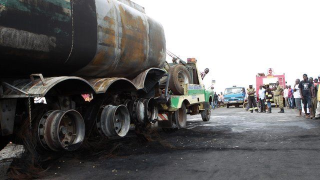 A fuel tanker was hit in a highway and the spilling caused a deadly fire in Uganda.