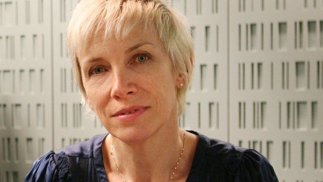 Annie Lennox Tour 2020 Annie Lennox: HIV free life is 'human right'   BBC News
