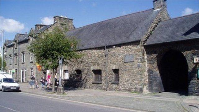 Senedd-dŷ Glyndŵr, Machynlleth