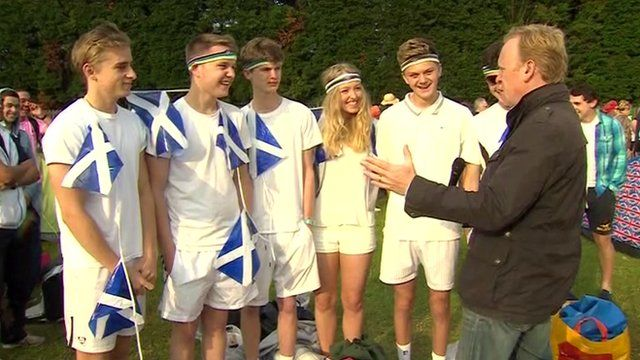 Andy Murray fans with John Maguire