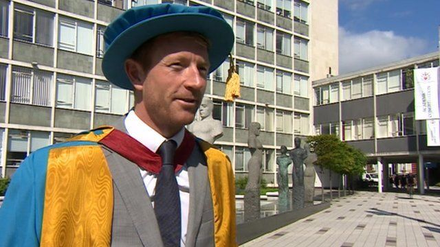 Paul Collingwood receives honorary degree