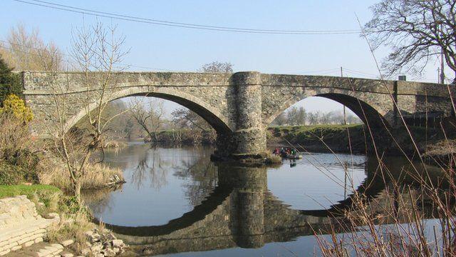 Pont Llansanffraid