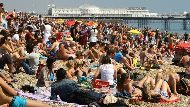 Sunseekers Head To The Beach as the UK enjoys a heatwave