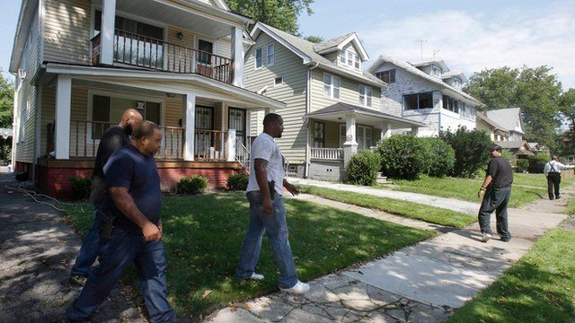 Police search East Cleveland neighbourhood on 21 July 2013
