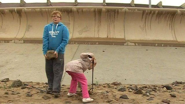 Redcar beach clean-up