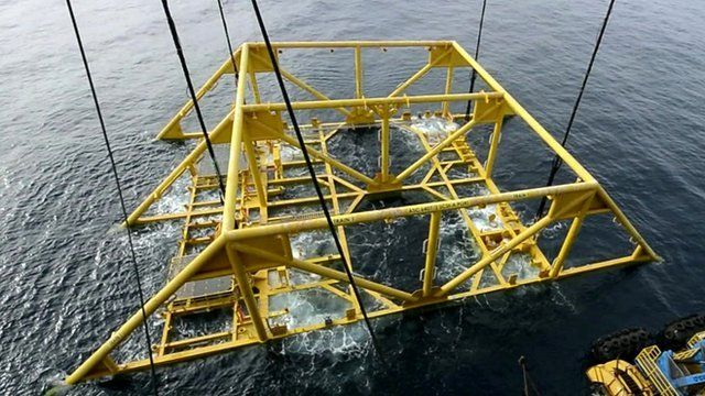 Structure being lowered into the sea