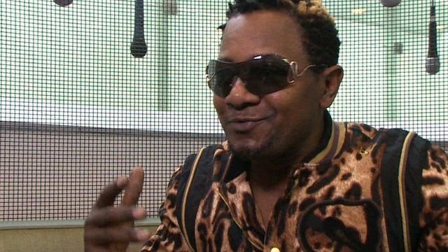 Congolese musician Awilo Longomba: