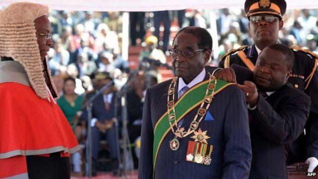 Zimbabwe's Robert Mugabe sworn in as president