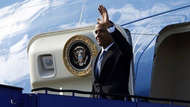 Barack Obama arriving in Sweden