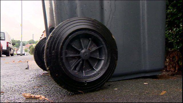 A wheelie bin