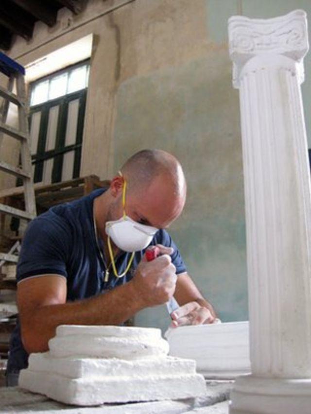Cuba's capitol: Ink wells v internet points