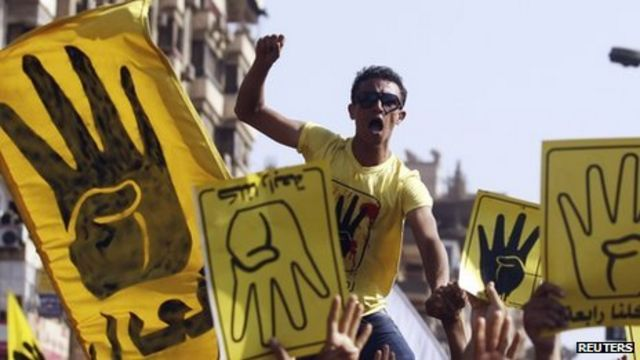 Egypt hit by pro and anti-Mohammed Morsi protests