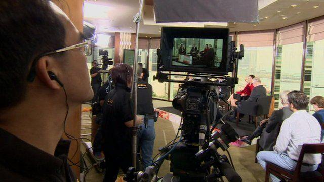 Cameraman films show