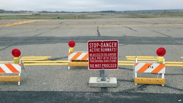 Sign stopping drivers from entering the runway