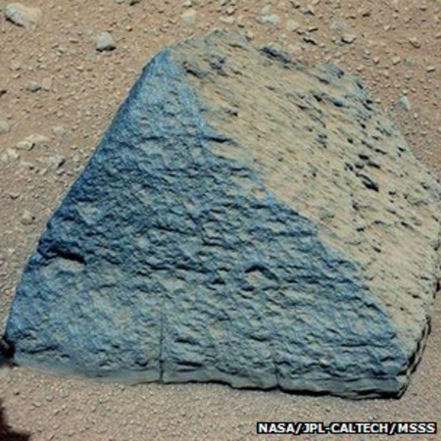 Mars water surprise in Curiosity rover soil samples