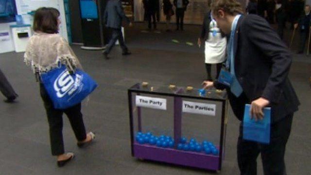 Delegates votes in the mood box
