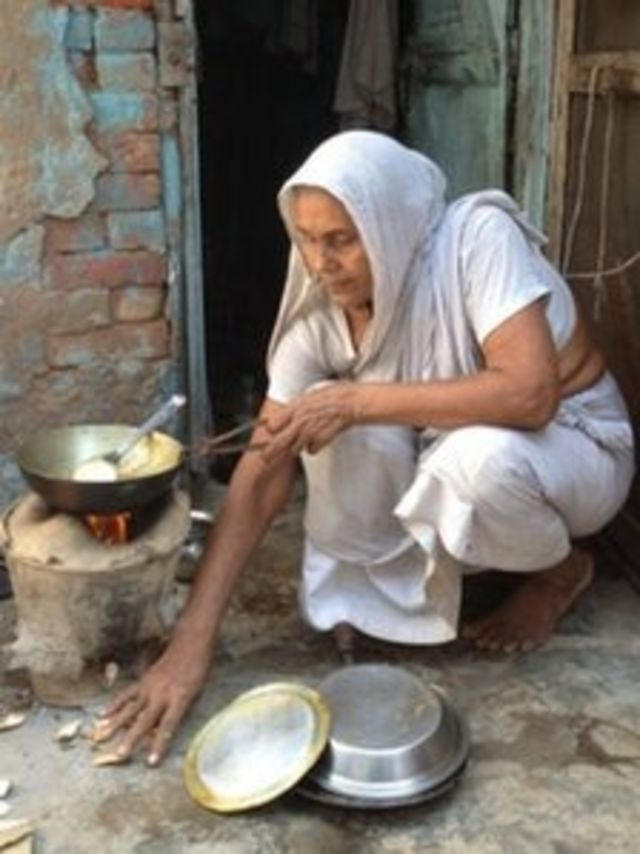 India's abandoned widows struggle to survive