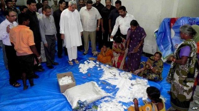 Cyclone Phailin: Mass evacuations in eastern India