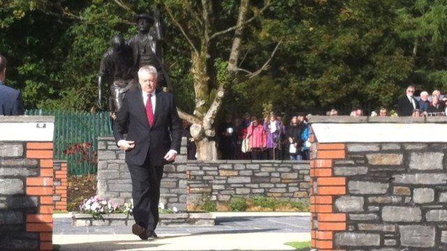 First Minister Carwyn Jones attended the service in Senghenydd