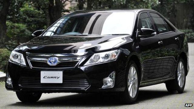 Toyota to recall 885,000 vehicles