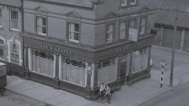 Fox and Grapes pub
