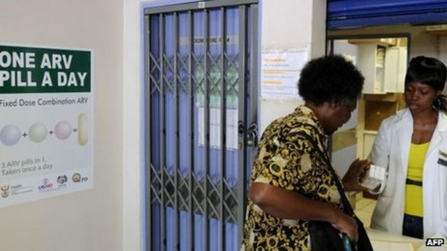 South African officials arrested over 'Aids drug scam'